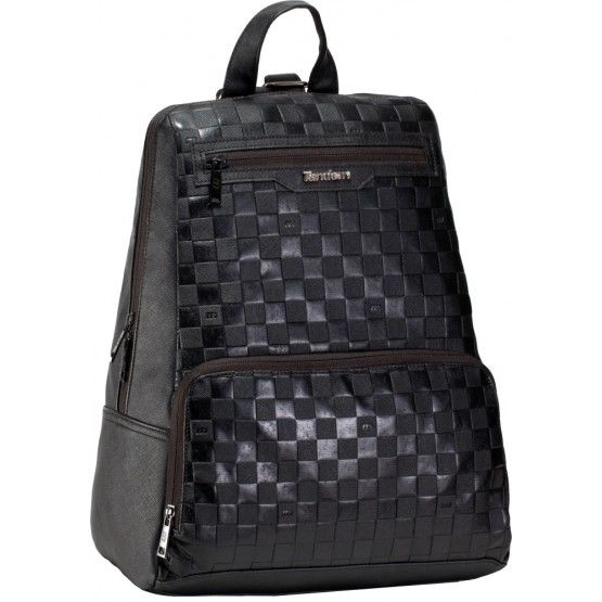 backpack tour PLG